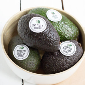 Obststicker Love Peace Avocado vier Motive Kleine Papeterie