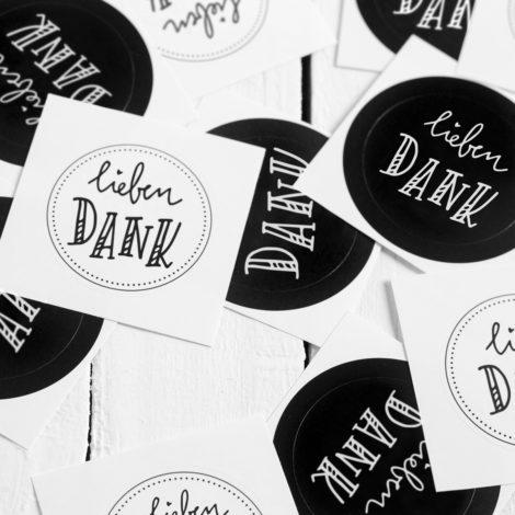 Lieben Dank Sticker schwarz weiß Handlettering Details Kleine Papeterie
