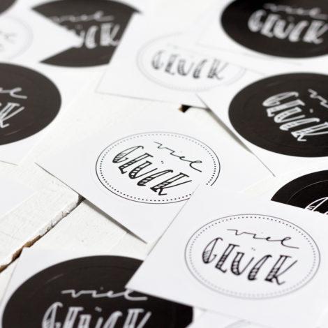 Viel Glück Sticker schwarz weiß Handlettering Details Kleine Papeterie
